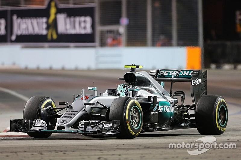 """Formel 1 in Singapur: Mercedes-Chefs machten sich """"fast in die Hose"""""""