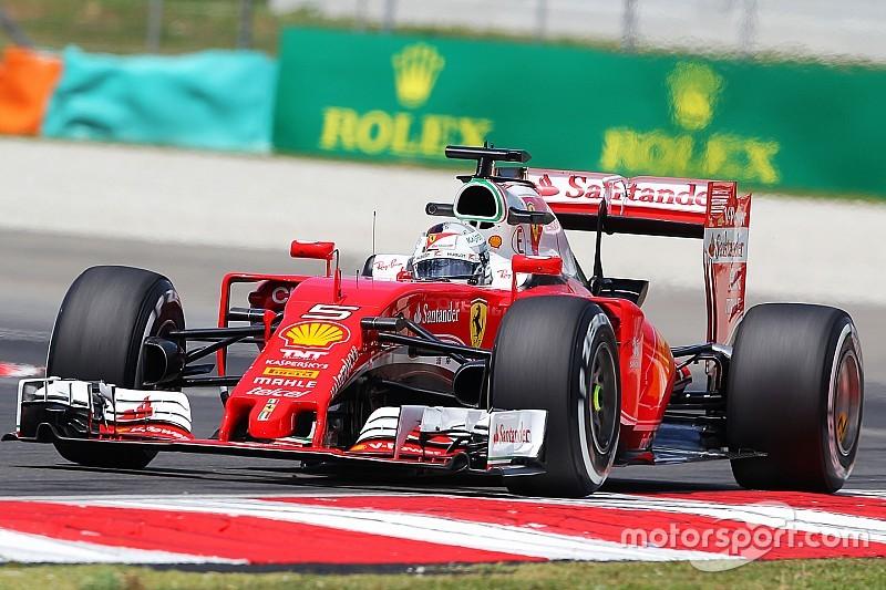 """Vettel: """"Se c'è una possibilità, dobbiamo essere pronti a coglierla"""""""
