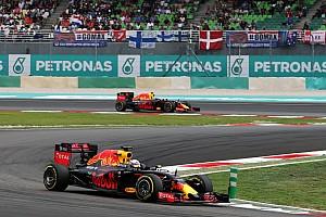 Fórmula 1 Relato da corrida Hamilton quebra e Ricciardo vence GP emocionante na Malásia