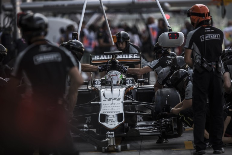 Perezt sokkolta a pénteki nap a McLaren, a Haas és a Williams miatt