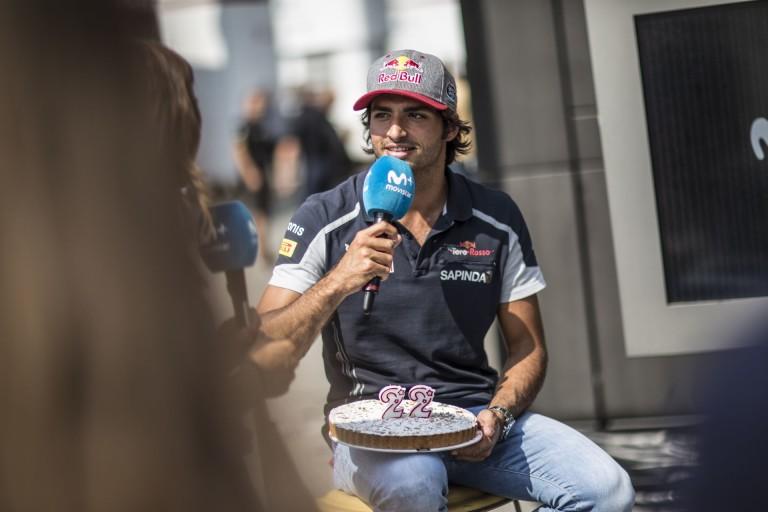 """Sainz: """"Ha olyan autóm lenne, mint Maxnek én is nyerni tudnék!"""""""