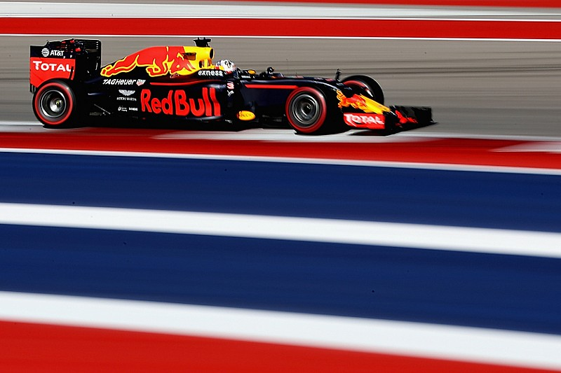 Austin: Ricciardo dank abweichender Reifenwahl eine Mercedes-Gefahr?