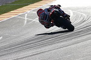 MotoGP Отчет о тренировке Маркес показал лучшее время на утренней разминке Гран При Валенсии
