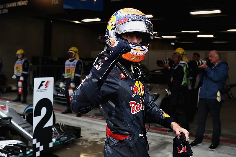 Paddock da F1 cai nas graças de Verstappen após atuação