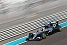 Hamilton manda con los ultrablandos en los Libres 2 de Abu Dhabi
