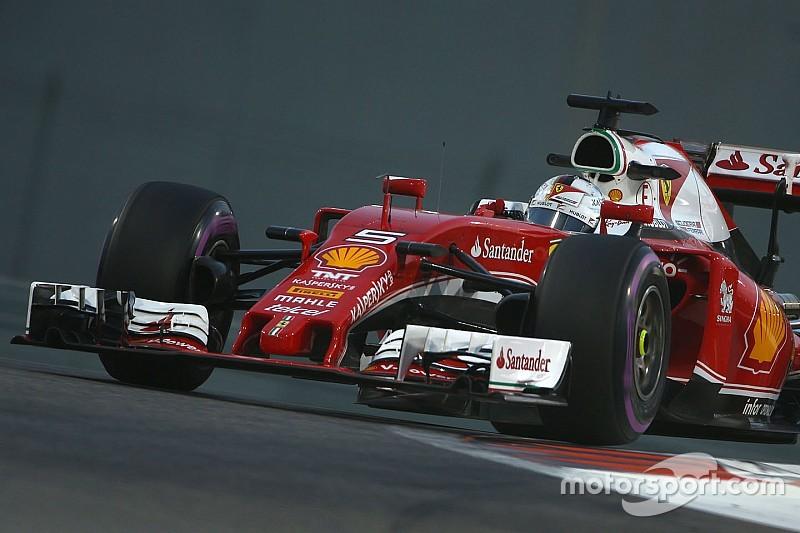 """Vettel tevreden ondanks versnellingsbakprobleem: """"Heel goede vrijdag"""""""