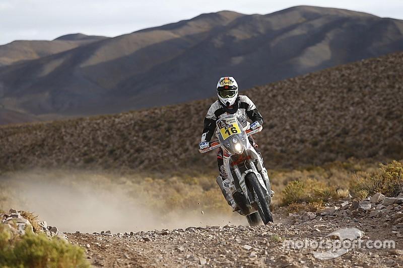 Un rayo alcanza a un competidor del Dakar