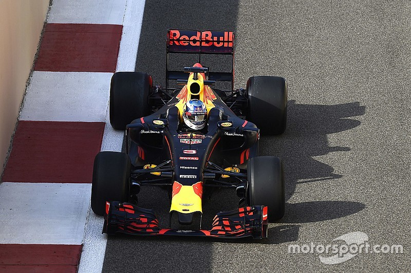 Ricciardo siap menghadapi tantangan fisik dari mobil F1 2017