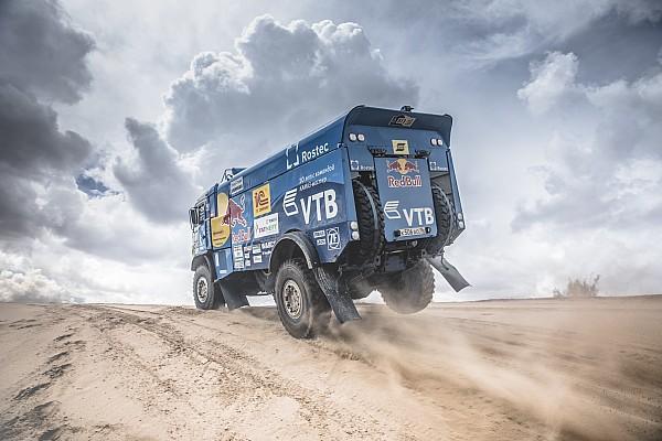 Dakar 2017, 8. Etap: Van den Brink kazandı, Sotnikov liderliği geri aldı