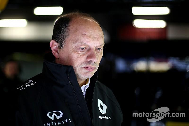 Egy év után távozik a Renault Sport F1 Team csapatfőnöke!