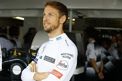 Button débute des tests avec Honda en rallycross