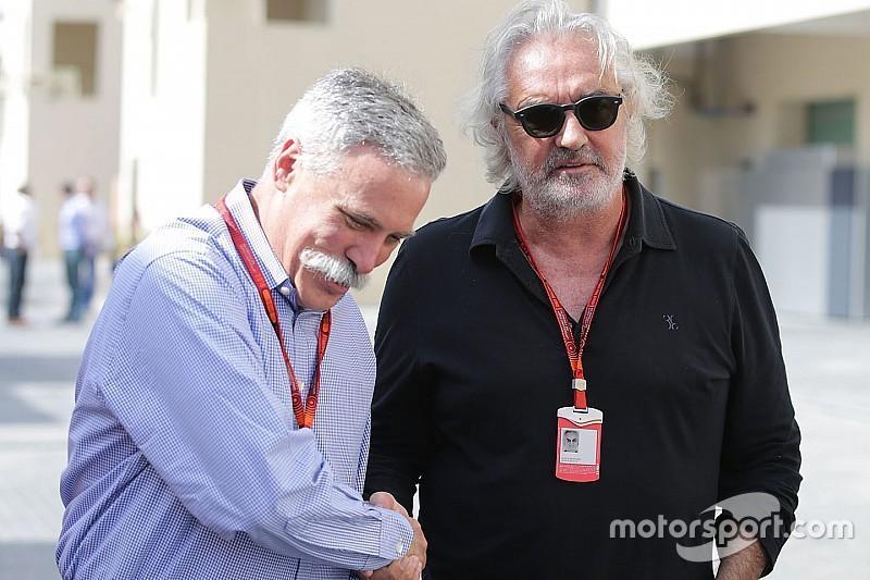 """Sceptische Briatore: """"F1 moet meer om de strijd tussen coureurs draaien"""""""