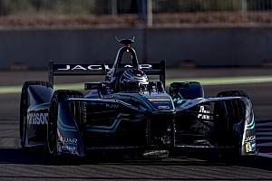 Formula E BRÉKING Massa a Formula E-ben tesztel a Jaguarral