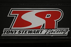 Sprint Breaking news Tony Stewart's Sprint car team partners with Ford for 2017