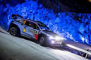 WRC Yarış ayak raporu İsveç WRC: Neuville farkı açıyor, Meeke kaza yaptı