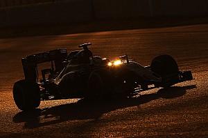 Forma-1 BRÉKING Lepel alatt a 2017-es Force India: ott a nagy cápauszony