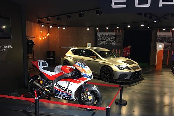 La Ducati de Lorenzo, en el Salón del Automóvil de Barcelona