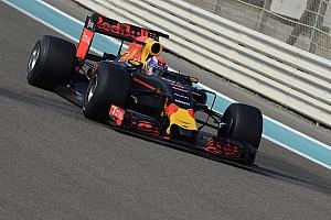Формула 1 Новость Хорнер рассказал о вреде тестов Pirelli для Red Bull