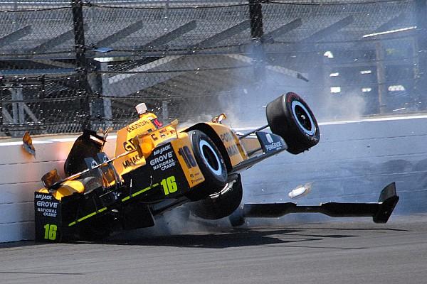 IndyCar Самое интересное Сальто, пожары и птицы. Десять опасностей Indy 500