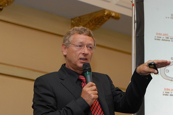 Россия Новость Тильке построит гоночную трассу в Кабардино-Балкарии