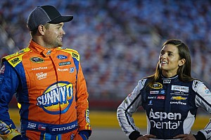 NASCAR Cup Últimas notícias Após cinco anos, Danica Patrick e Stenhouse terminam namoro