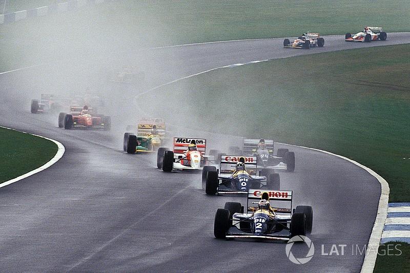 """Hamilton: """"In F.1 servono più curve in stile Donington"""""""