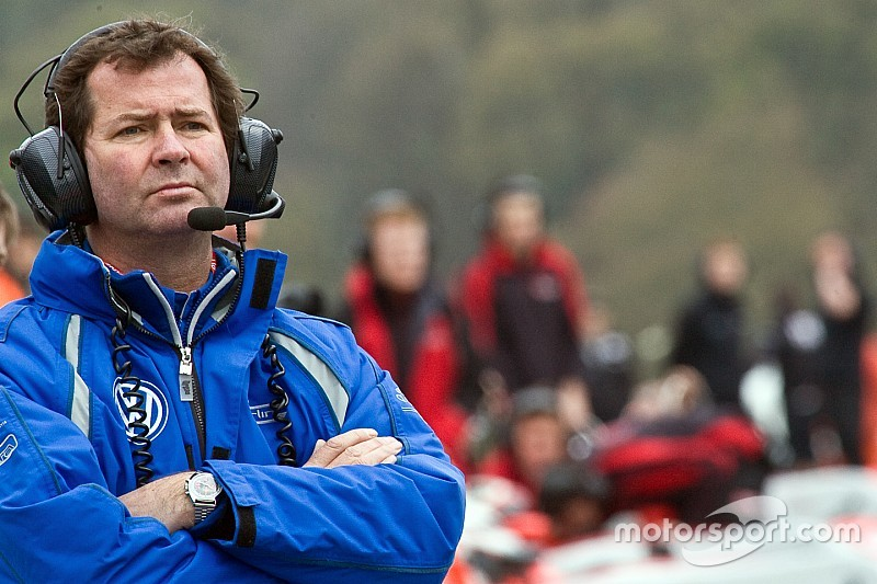 "Four new IndyCar team owners ""a sign of growth,"" says Miles"