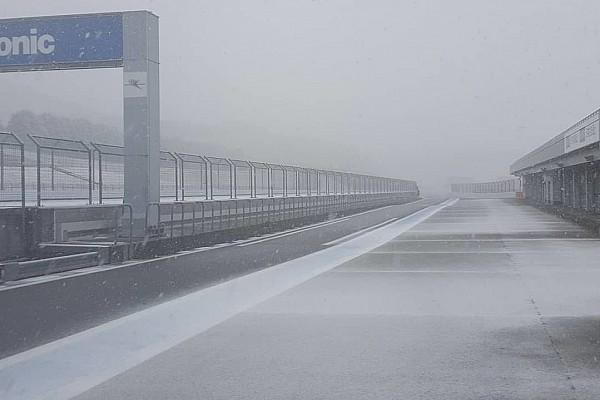 Ковалайнен приехал на тесты Super GT, но трасса оказалась под снегом
