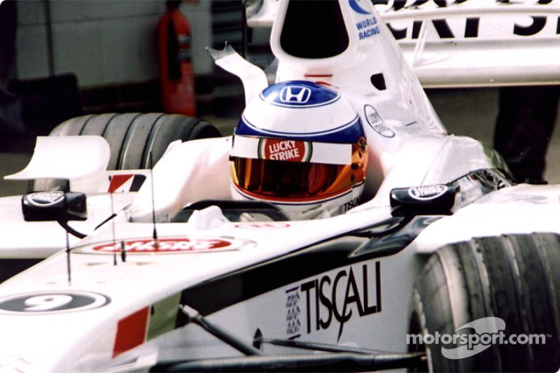 Olivier Panis in the pits