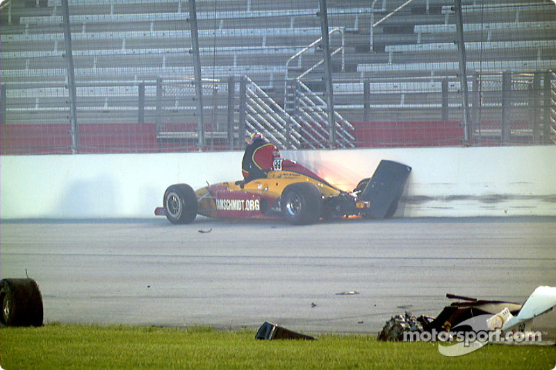 Davey Hamilton exits while car burns