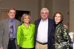 Dr. Steve Olvey, Lynne Olvey, Al Speyer et Daryle Feistman