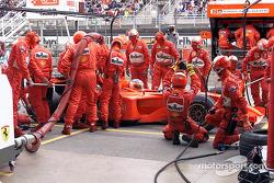Boxenstopp: Rubens Barrichello, Ferrari F2001