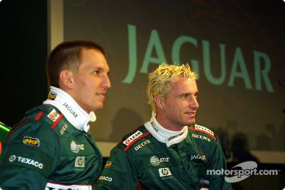 Lanzamiento del Jaguar Racing R2, Centro de Ingeniería de Jaguar