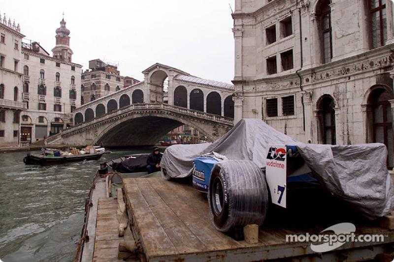 La B201 sur une gondole à Venise