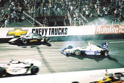 214e tour, crash entre Eddie Cheever et Eliseo Salazar