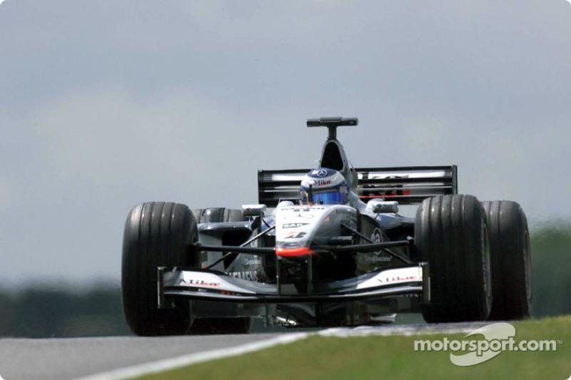 2001: Mika Häkkinen, McLaren-Mercedes MP4-16