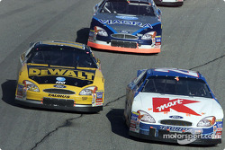 Jimmy Spencer battling with Matt Kenseth and Mark Martin
