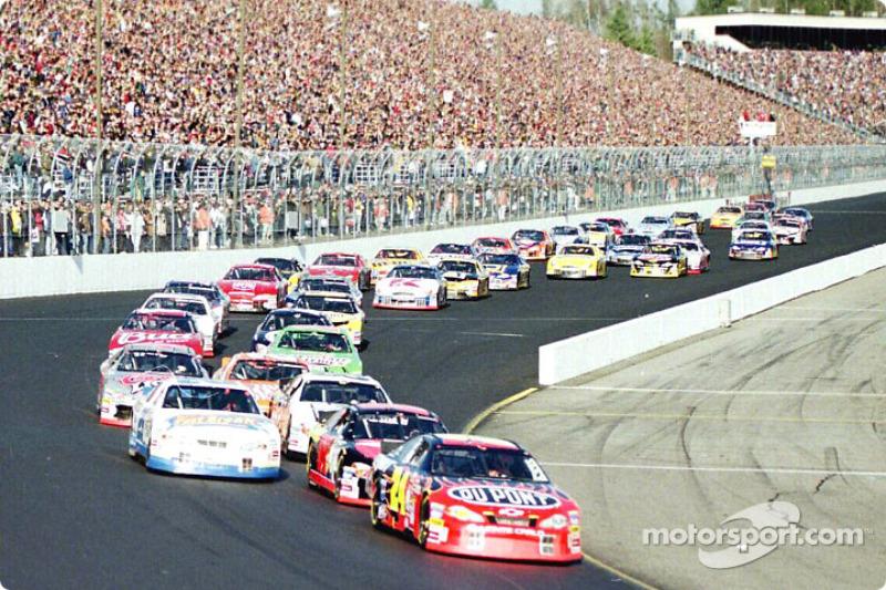 Jeff Gordon 2001 und Titel Nummer vier