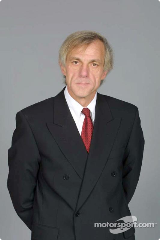 Şef Tasarımcısı Gustav Brunner
