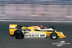 雷诺赛车F1首胜:让-皮埃尔·雅布耶与他的双涡轮增压雷诺RS10赛车