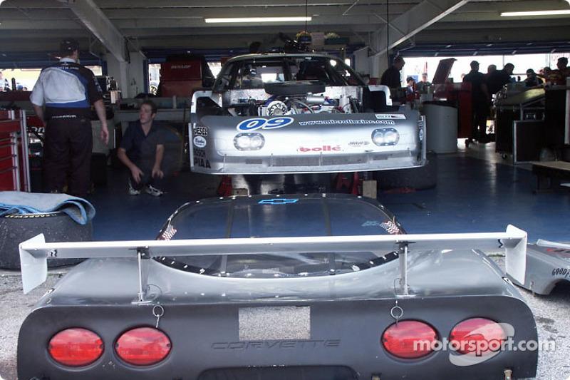 Corvette dans le garage