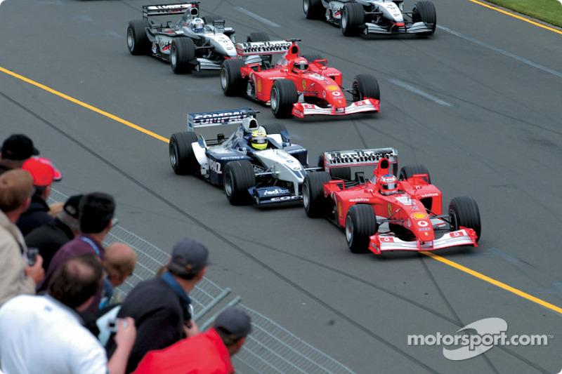 Le départ : Rubens Barrichello, Ralf Schumacher et Michael Schumacher