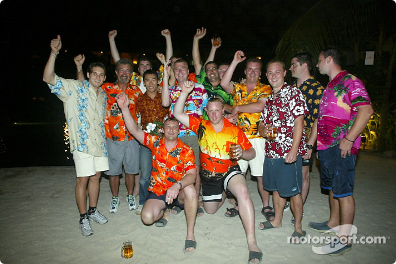 Beach party for Giancarlo Fisichella, Takuma Sato and Eddie Jordan