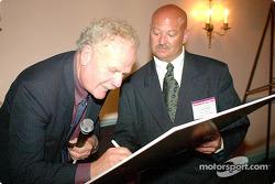deBidart asks Dave McClelland for his autograph