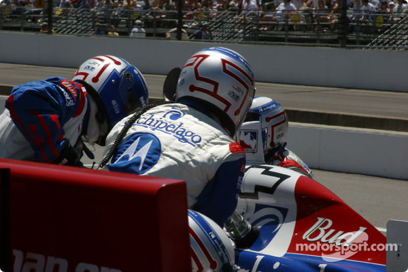 Pitstop for Michael Andretti