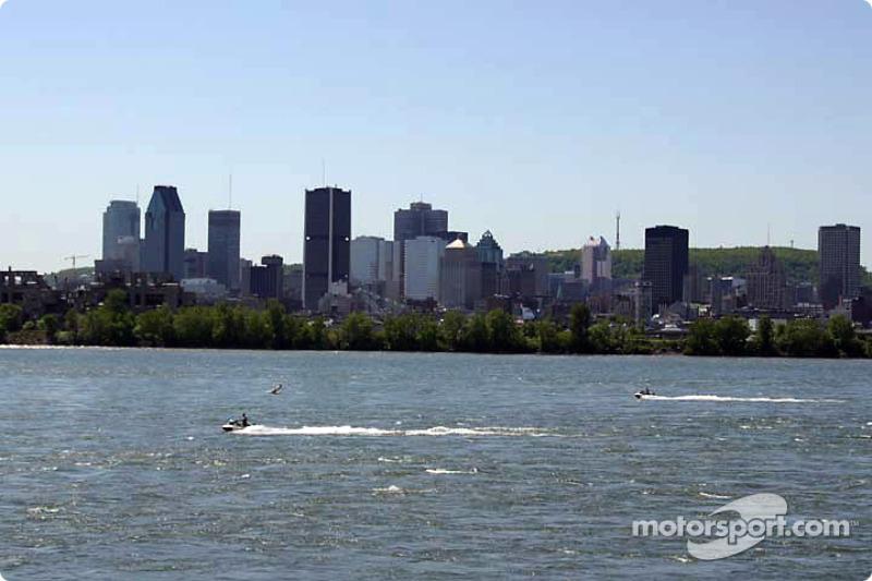 Centro de Montreal, visto desde el lado de la curva 9