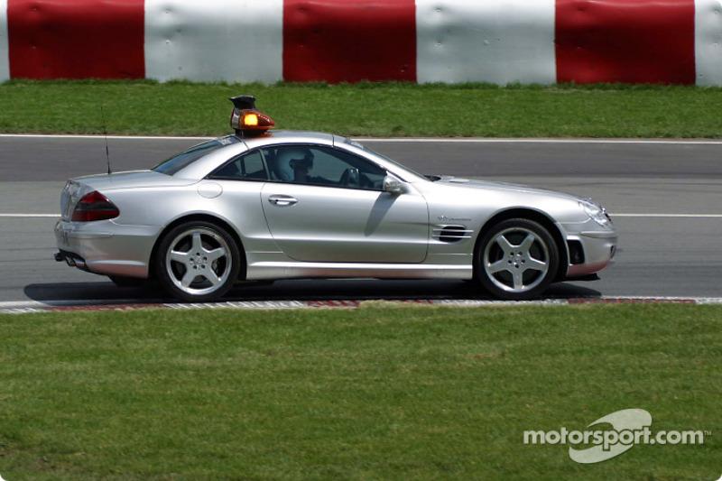 Safety car en la pista
