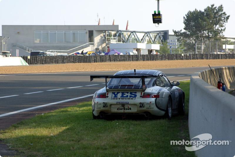 Otra víctima de la larga noche en Le Mans