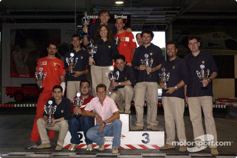 Karting en la pista de Michael Schumacher en Kerpen: Michael Schumacher y amigos