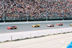 Dale Earnhardt Jr. leading a group of car